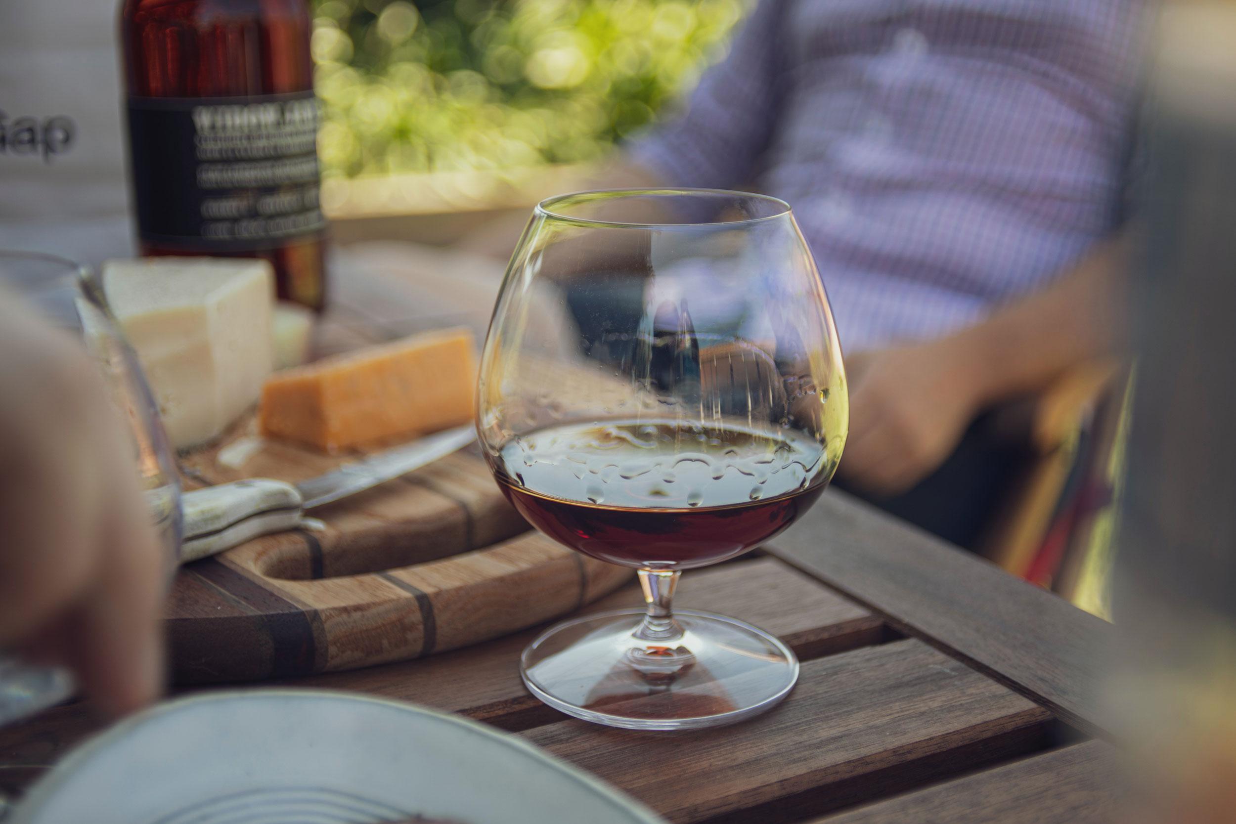 Vino rosso da abbinare al cinghiale: i profumi toscani Brunello Biondi Santi , peculiarità e consigli